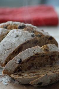 Volkoren rozijnenbrood